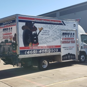 Texas Mobile Tire Truck Wrap